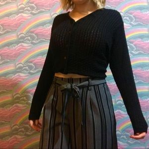 black 90s knitted vintage cardigan sweater!